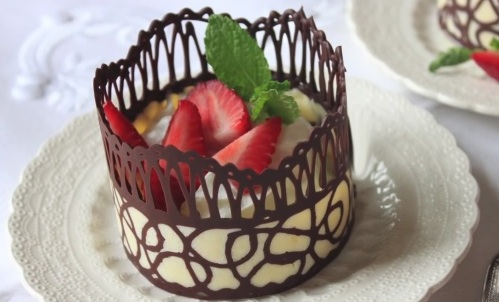 How To Make Chocolate Lace Dessert Cups Enjoy Easy Meals