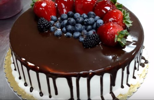 How to Design a Cake with Fruit and Chocolate!   Enjoy ...
